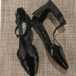 Kenneth Cole Reaction Black Ankle Strap Flats